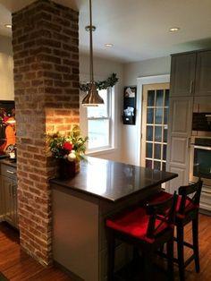 Before & After: A Novice DIY-er Tackles a Family Kitchen — Reader Kitchen Remodel Kitchen Cabinet Remodel, Diy Kitchen Remodel, Kitchen Cupboards, Kitchen Countertops, Green Countertops, Laminate Countertops, Family Kitchen, New Kitchen, Kitchen Decor