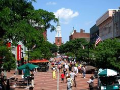 Burlington Vermont Shopping| Burlington Restaurants | Things to Do in VT
