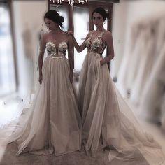 Soft,lush and so romantic❤️ #bridalgown #designergown #maryioannidiscouture #hautecouture #gorgeous #weddinggown #bridetobe #princessgown @sophiamj @amelliamj