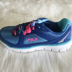 NEW Fila Running Shoes Super adorable colors! Great for gym or just running around town. Size 6 Fila Shoes Athletic Shoes