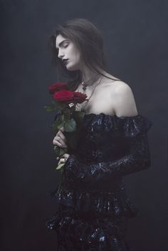would be fun to do a spooky/victorian shoot this fall. cassandra as a model?