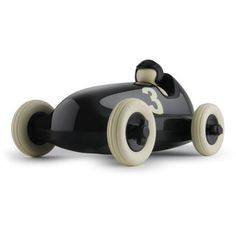 Bruno Roadster. PlayForever. This one's the large one. And it's virtually indestructable. Nice.