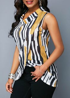 Stylish Tops For Girls, Trendy Tops, Trendy Fashion Tops, Trendy Tops For Women Blouse Styles, Blouse Designs, Modest Fashion, Fashion Outfits, African Blouses, Trendy Tops For Women, Look Fashion, Fashion Design, African Print Fashion