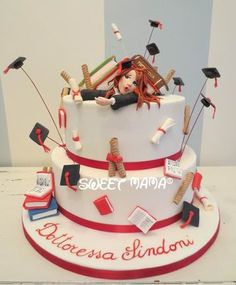 Graduation Cake Designs, College Graduation Cakes, Graduation Treats, Graduation Celebration, Graduation Party Decor, Doctor Cake, Teacher Cakes, School Cake, Cake Topper Tutorial