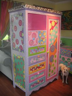Whimsical Painted Furniture | Copyright 2010 Funky Furniture Factory. All rights reserved.