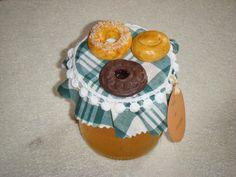 Pote de vidro decorados com biscuit ou porcelana fria