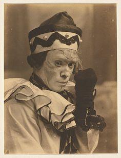 DOVER STREET STUDIOSELLIOTT & FRY, Nijinsky in the role of Petrouchka