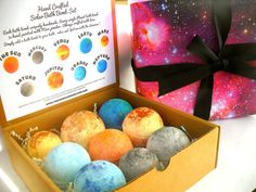 Turn bath time into a stellar fun experience! Drop one of these super fun bombs in the bath and be transported to a new galaxy. Enjoy the fun