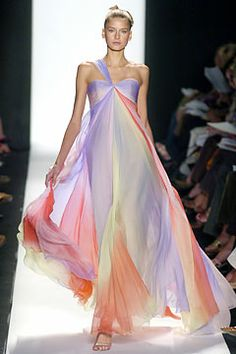 Bill Blass. omg, what a magnificent pastel pallete. The ombre is as soft as the colors. The flow of fabric like summer breeze. I want cotton candy now.