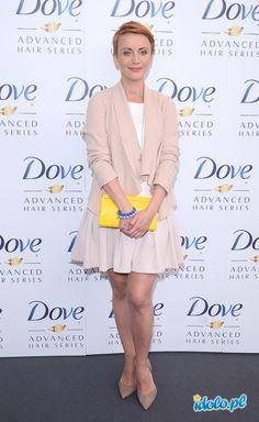 Konferencja Dove -  Kasia Zielińska w sukience bizuu