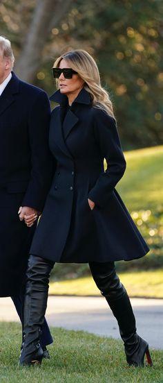 Milania Trump Style, First Lady Melania Trump, Royal Fashion, European Fashion, Winter Fashion, Black Leather, Malania Trump, Formal Outfits, Stylish Outfits
