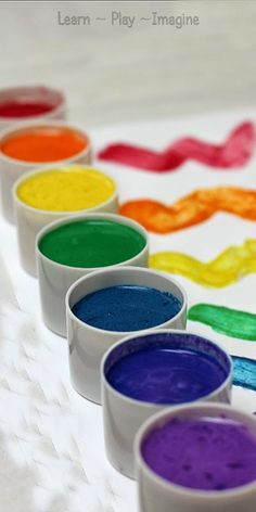 Super simple homemade paint recipe in gorgeous, vibrant colors! The texture is…