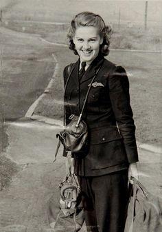 Joy Lofthouse Spitfire Pilot 1923 - 2017. http://ift.tt/2ATzXlP