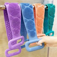 Silicone Bath Brush Towel Rubbing Back Mud Peeling Dual Side Body Massage Shower Scrubber Brushes Skin Cleaning Tools. 😍 You will love this!😎 While stocks last Body Scrubber, Bath Brushes, Cool Gadgets To Buy, Body Brushing, Clean Pores, Cool Inventions, Peeling, Useful Life Hacks, Cool Things To Buy