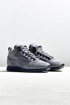 0f1c3bb35637 Reebok Classic Leather Mid Ripple Sneaker