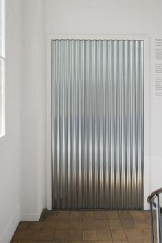 5-a-retrospective-of-closed-exhibitions-fri-art-2016 Interior Windows, Interior Walls, Interior And Exterior, Architecture Details, Interior Architecture, Door Dividers, Interior Decorating, Interior Design, Architectural Elements