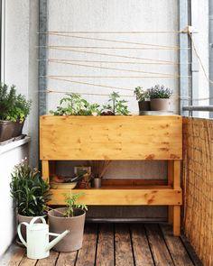 einfaches hochbeet selber bauen noppenbahn hochbeet. Black Bedroom Furniture Sets. Home Design Ideas