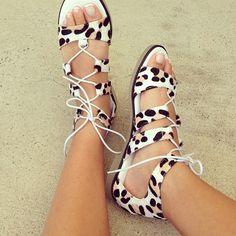 Cute sandals☻