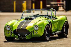 いいね♪ #geton #car #auto #shelby #cobra ↓他の写真を見る↓ http://geton.goo.to/photo.htm 目で見て楽しむ!感性が上がる大人の車・バイクまとめ -geton http://geton.goo.to/