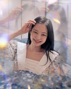 Kim Jennie, Yg Entertainment, Kpop Aesthetic, Aesthetic Girl, Blackpink And Bts, Korean Fashion Trends, Blackpink Photos, Natural Face, Kpop Girls