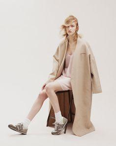 Oyster Fashion: 'Julia' Shot by Ivan Ruberto   Fashion Magazine   News. Fashion. Beauty. Music.   oystermag.com