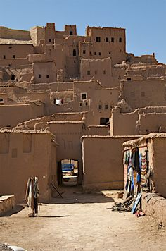 https://flic.kr/p/bABVZw | Morocco - 197 | Eventually we arrived at the stunning Unesco world heritage site of Ait- Benhaddou. It is a fortified city or kzar  along the former caravan route between the Sahara and Marrakech.It sits on the Ounila River and consists of many Kasbahs. Several films have been shot here including Lawrence of Arabia, Jewel of the Nile, The Mummy, Gladiator, Alexander and the kingdom of Heaven. It has a strong Berber Heritage which continues today. The building on…