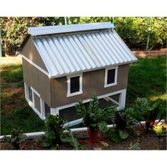 The Smart Chicken Coop (up to 6 chickens) from My Pet Chicken
