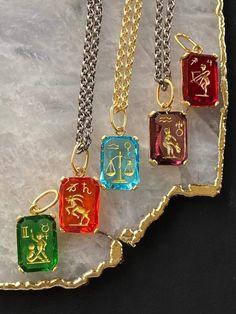Zodiac Sign Intaglio Necklace Diy Resin Earrings, Resin Necklace, Arrow Necklace, Pendant Necklace, Necklaces, Zodiac Jewelry, Diy Resin Crafts, Resin Pendant, Crystal Collection