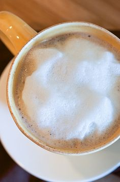DIY Quick & Easy Milk Froth - I love this because I drink milk in my tea!
