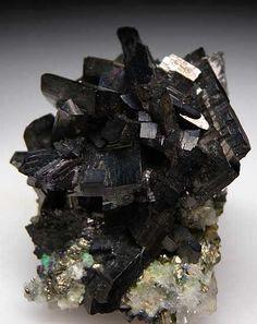 Enargite - Butte, Silver Bow Co., Montana    / Mineral Friends