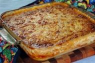 Recipe for Paptert - otherwise known as porridge pie - a South African tart filled with veggies, bacon and cheese. Delicious side-dish to a braai.
