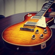 Gibson '60 Les Paul Reissue VOS in Sunrise Iced Tea Fade