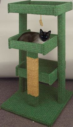 Learn Woodworking Cat Tree Woodworking Plan - Might have to get Malachi to help me make this! Cairo needs a little house too! Cat Tree Plans, Cat Climber, Cat House Diy, Diy Cat Tree, Cat Shelves, Book Shelves, Cat Towers, Cat Stands, Cat Playground