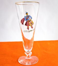 Libbey Glass Scottish Highlander Pilsner Glasses with by OllyOxes #LibbeyGlass #WeddingCollections #WeddingTableSetting #TableSetting