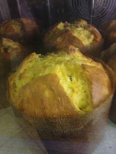 Eccolo sta salendo sempre più su il mio panettone Chef, Muffin, Bread, Breakfast, Food, Morning Coffee, Brot, Essen, Muffins