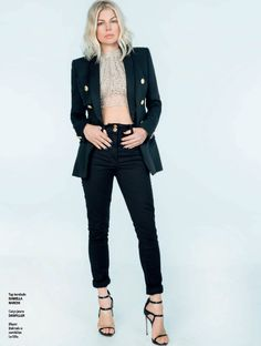 e39cb935b4d63 The amazing  Fergie rocking  LeSilla AWARD sandal in the latest issue of