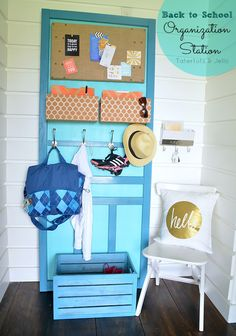 DIY Back to School Organization Station made from Screen Door!! -- Tatertots and Jello #DIY #LowesCreator