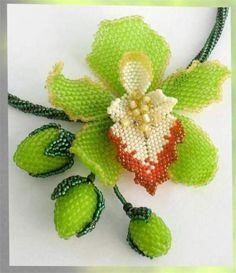 Орхидея. Плетем из бисера. Мастер-класс