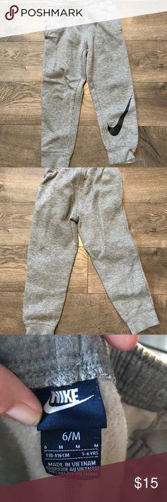 Boys Nike joggers Gray joggers with pockets Nike Bottoms Sweatpants & Joggers