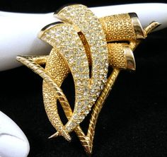 Art Deco Style Rhinestone Brooch Pin Gold Tone Geometric Design Very Pretty! $25.00 SOLD