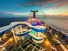 Sometimes when we sail on an older cruise ship because we found a good deal online it means we also lower our expectations. Carnival Victory Cruise, Carnival Glory, Carnival Cruise Ships, Balcony Planters, Outdoor Balcony, Carnival Liberty, Cruise Ship Reviews, Cruise Critic, Us Sailing