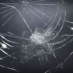 Cracked screen 2018 wallpapers hd wallpaper pinterest broken screen desktop pc and mac wallpaper voltagebd
