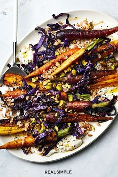 Best Roasted Vegetables, Garlic Roasted Broccoli, Roasted Vegetable Recipes, Oven Roasted Sweet Potatoes, Roasted Apples, Low Calorie Recipes, Healthy Recipes, Veggie Delight, Dinner Parties