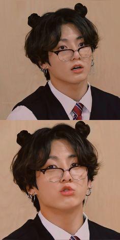 Foto Bts, Foto Jungkook, Jungkook Cute, Bts Taehyung, Bts Bangtan Boy, Bts Jimin, Namjoon, Jungkook Glasses, Jikook