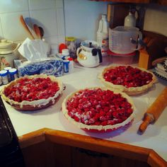 Pie crust: 1/2 C each butter and cold water, 1 C shortening, 3 C flour, 1 tsp salt (makes a double crust). Filling 3 C fresh raspberries, 1 1/2 C white sugar. Bake at 350 till crust is brown and filling is bubbling over.