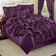48 New Ideas bedroom purple bedding comforter sets Luxury Duvet Covers, Luxury Bedding Sets, Bed Comforter Sets, Comforters, Designer Bed Sheets, Purple Bedding Sets, Purple Comforter, Satin Bedding, Indoor Outdoor Furniture