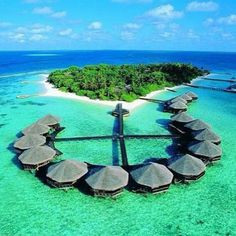 Let's making some memories here ! Maldives ! @era_sadewo :)))