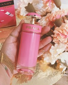 Perfume Scents, Perfume Oils, Perfume Bottles, Fragrance, Prada Candy Perfume, Hermes Perfume, Candy Prada, Perfume Glamour, Perfume Collection