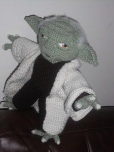 1500 Free Amigurumi Patterns: Yoda Star Wars Crochet Pattern...