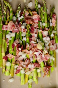 Asparagus with Bacon and Shallots for Mother's Day Brunch or Dinner reluctantentertainer.com + round up of other asparagus recipes